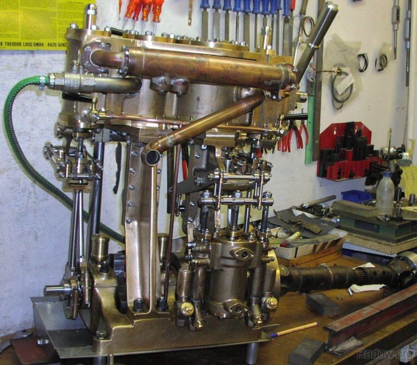 Dampfmaschine mit ca. 10 PS Wellenleistung