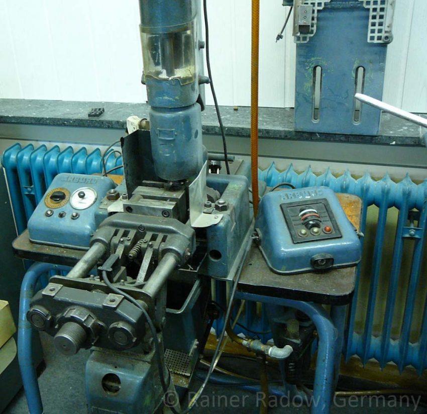 Arburg C4 Spritzgussmaschine mit elektromechanischer Steuerung