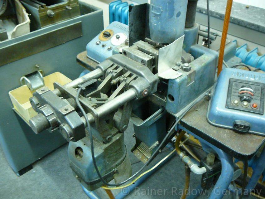 Arburg C4 Spritzgussmaschine mit Kniehebelverschluss