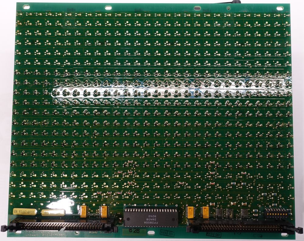 BROSE Flip-Dot Rückseite - 10 mm - 8-Eck - gelb - 28 x 10 Dots