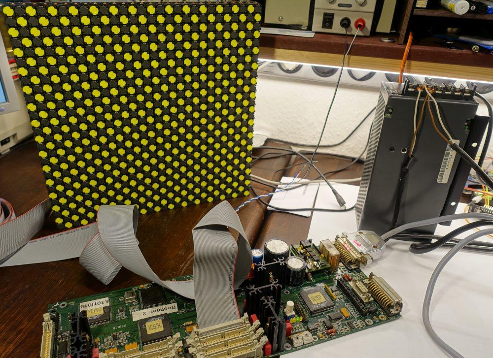 Schachbrett-Testprogramm erzeugt vom originalen LAWO Rechner TYP E301101B