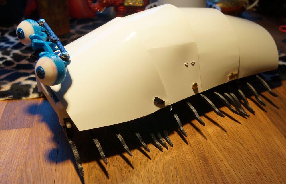Der Macropede Roboter sollte auch einen <i>Körper</i> erhalten - anlehnung an eine Kellerassel
